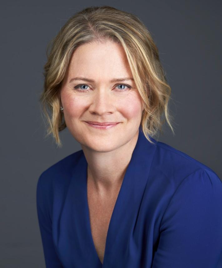 About Dr Jennifer Moss